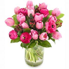 Tulpen met ranonkels middel