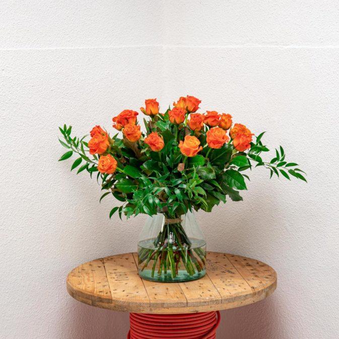 oranje rozen vooraanzicht