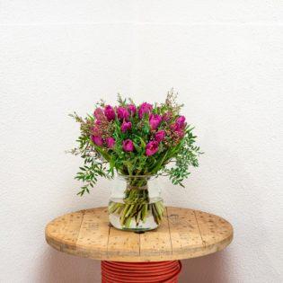 paarse tulpen vooraanzicht bloemen bezorgen