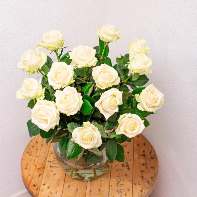 witte rozen bloemen bezorgen