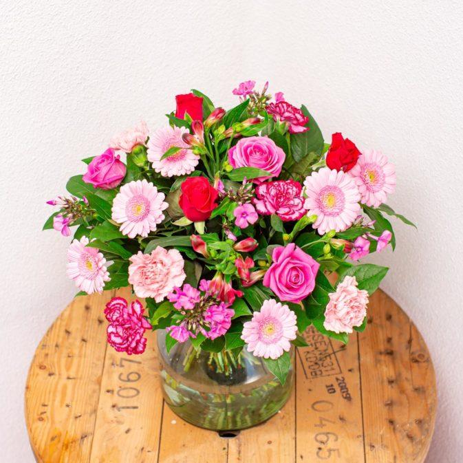 hartverwarmend roze bloemen bezorgen