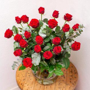 rode rozen ultieme liefde bloemen bezorgen