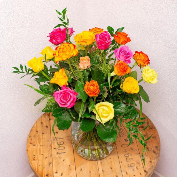 rozen gekleurd bloemen bezorgen